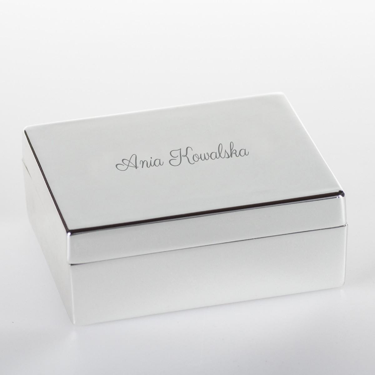 Posrebrzane pudełko na biżuterię z grawerem