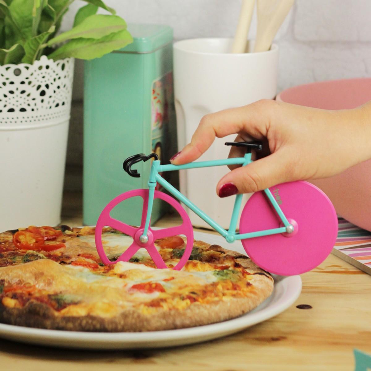 Radełko do pizzy w kształcie roweru
