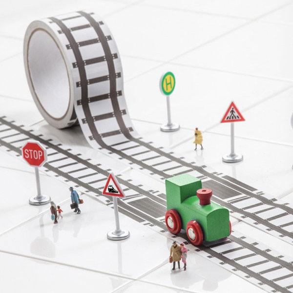 Taśma klejąca z torami kolejowymi